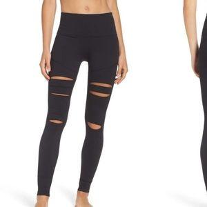 NWOT Zella Cece open knee leggings